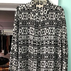 Black and White XL Blouse